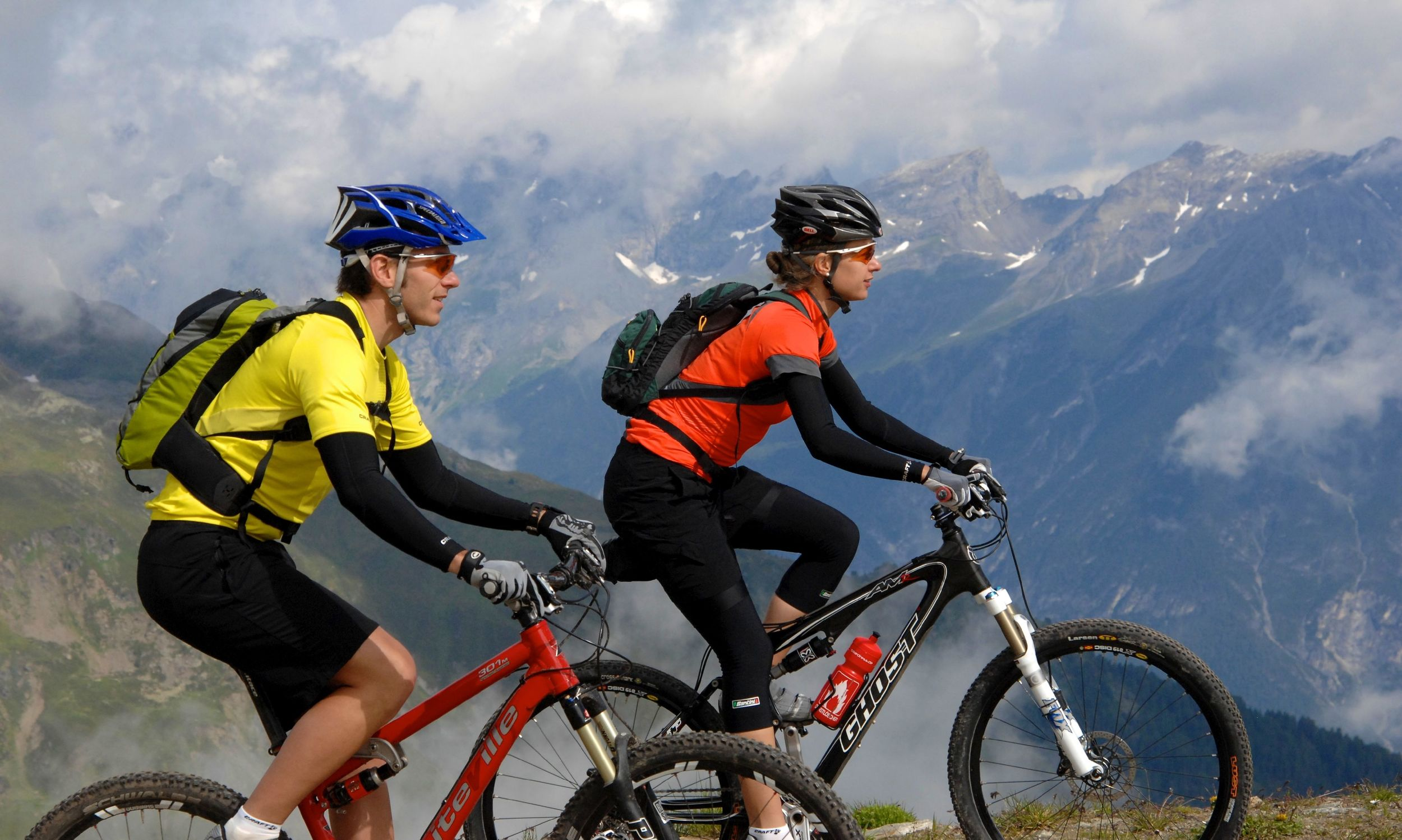 Experience our mountains on 2 wheels.